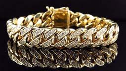 دستبند طلا کادویی Important points in choosing gold bracelets