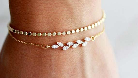 گوشواره طلا Minimalist bracelets