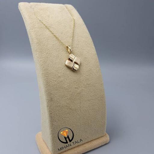 مدال و زنجیر طلا متصل کد2
